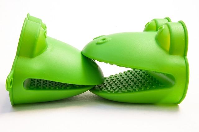 krokodýli z plastu